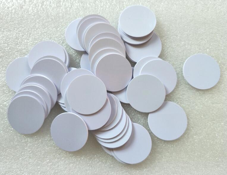[해외](50 개 / lot) NFC 라운드 RFID 스마트 태그 NTAG215 Tagmo 스위치 모든 NFC 사용 장치 용 PVC 코인 카드 라벨 25MM 스티커 없음/(50 pcs/lot)NFC Round RFID Smart Tags NTAG215 Tagmo Swi