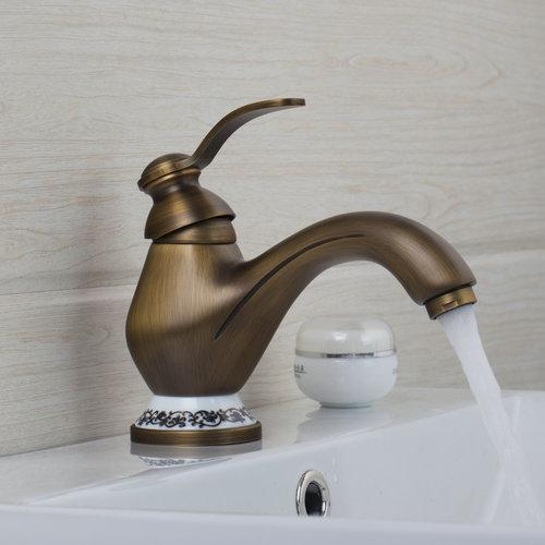 [해외]새로운 세라믹 접시 욕실 골동품 황동 97,148 싱글 핸들 데크는 분지 싱크 Torneira 수도꼭지, 믹서 및 앰프 탑재??, 도청/New Ceramic Plate Bathroom Antique Brass 97148 Single Handle Deck Moun