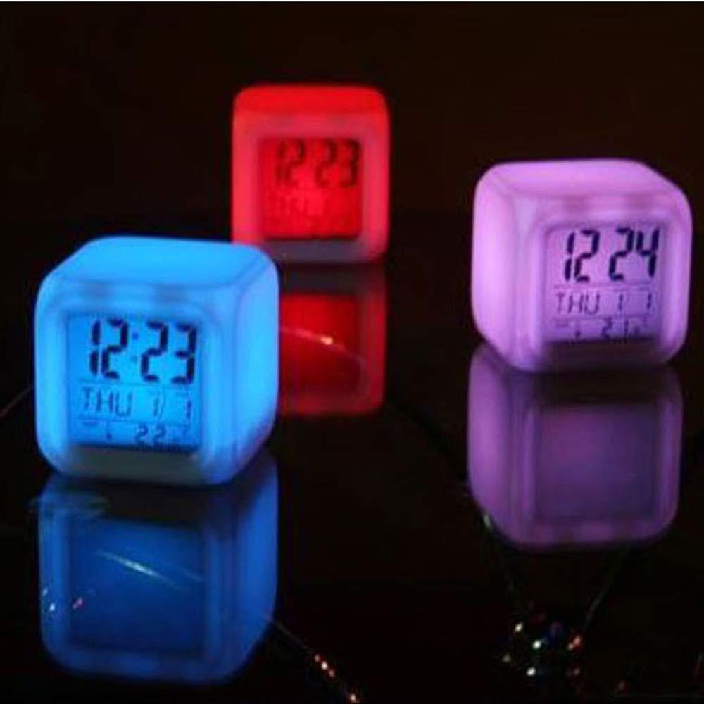 [해외]최고 품질의 디지털 알람 온도계 밤 빛나는 큐브 7 색 시계 LED 변경 705 Levert dropship/Top Quality Digital Alarm Thermometer Night Glowing Cube 7 Colors Clock LED Change 70