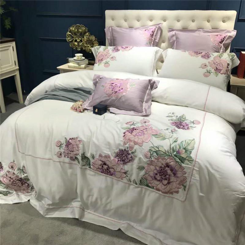 [해외]보라색 꽃 자수 장식 이집트 면화 흰색 고급 침구 세트 퀸 킹 사이즈 침대 이불 커버 세트 침대 세트/Purple floral embroidery decoration Bed set egyptian cotton white luxury Bedding Set quee