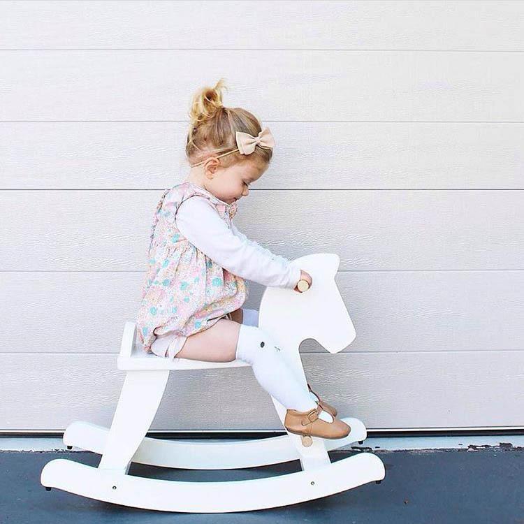 [해외]북유럽 스타일 나무 트로이 목마 말 흔들 목마 모델 하우스 가구 의자 놀이 게임 완구 소녀 어린이 크리스마스 선물 아이디어/Nordic Style Wooden Trojan Horse Rocking Horses Model House Furniture Chair P